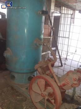 Compresor con tanque de presión Atlas Copco